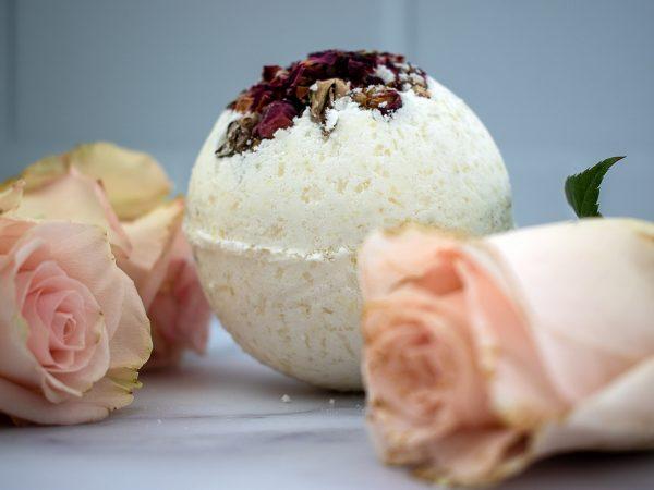 rose-bath-bomb